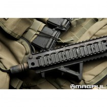 Magpul AFG2 Angled Fore Grip - Olive 3